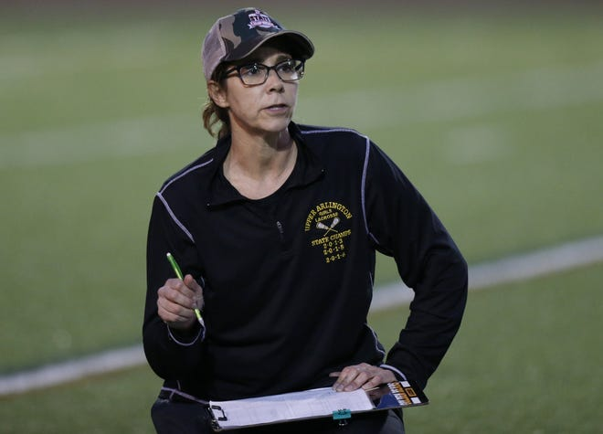 Wendy Pinta had a 382-97-14 record at Upper Arlington and is in the Ohio Lacrosse Hall of Fame.