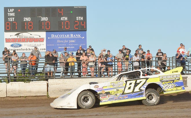 Late model driver Curt Kranz of Watertown recorded his first feature victory of the season during the Father's Day racing program Sunday night at Casino Speedway.