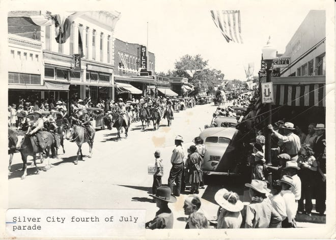 A Silver City Fourth of July parade, late 1930's.