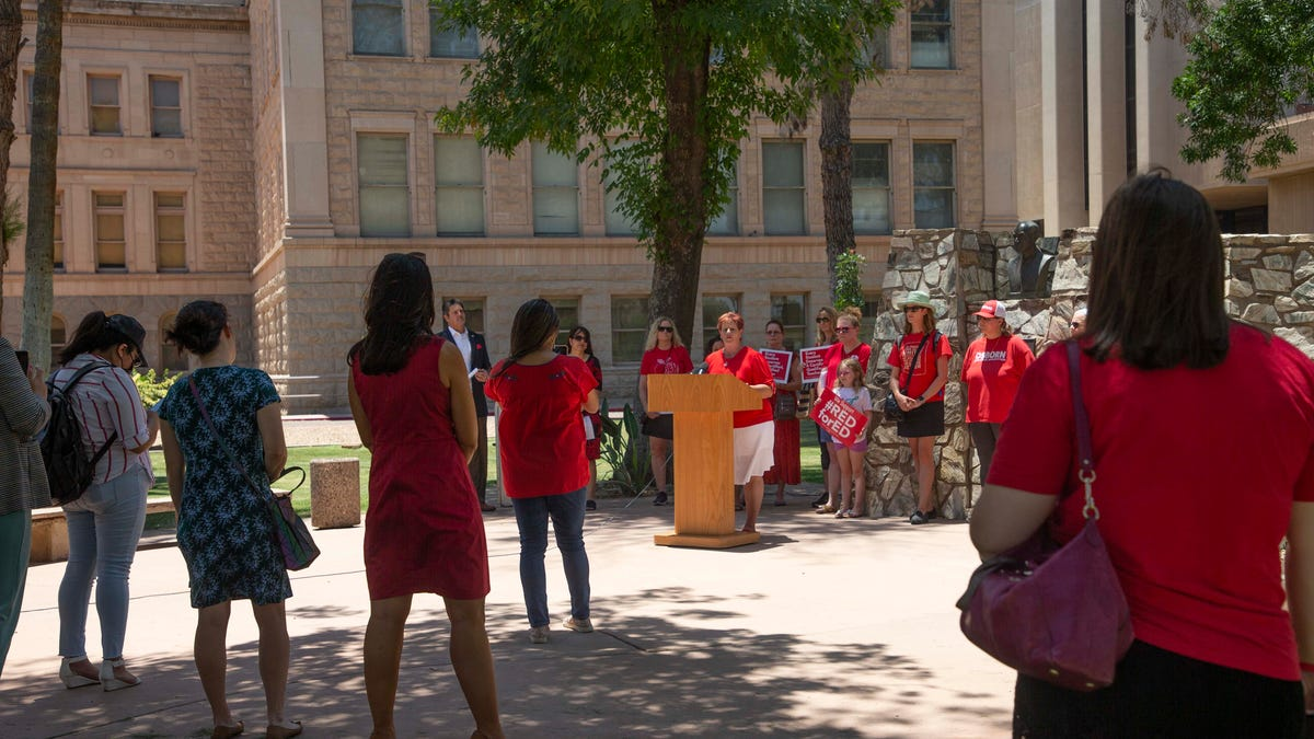 Educators, Red for Ed supporters gather at Arizona Capitol