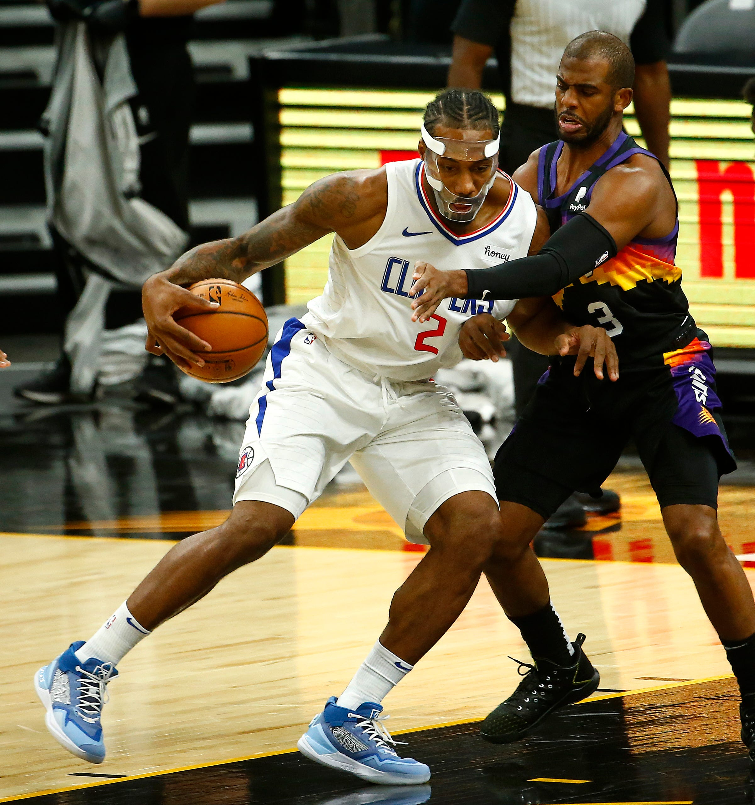 How Suns' Chris Paul & Clippers' Kawhi Leonard have helped behind the scenes during absence