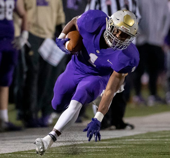 Christian Brothers High School's Dallan Hayden rushes against McCallie on Nov. 13, 2020 in Memphis, Tennessee.
