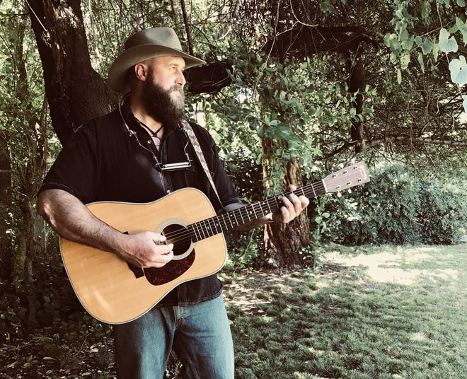 Singer-songwriter Jonathan Foster will perform Sunday at The Sound Cafe + Enlightened Studios in downtown Fort Walton Beach.