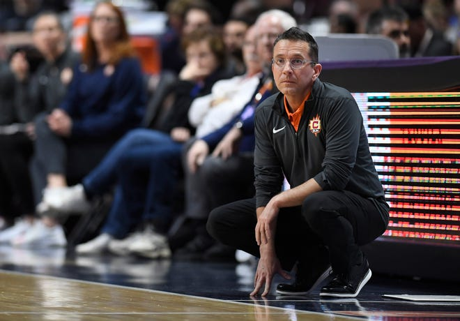 Connecticut Sun head coach Curt Miller will be back on the sidelines this week following a short absence.