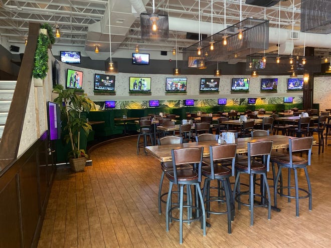 Bulldog Ale House is opening its first Wisconsin location in the former West Allis Perkins. This is a photo of Bulldog's Roselle, Illinois location.