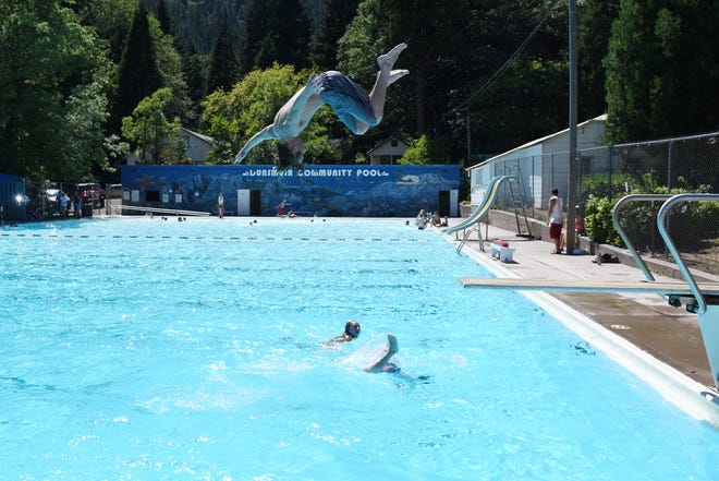 A diver at the Dunsmuir Community Pool during the 2017 season.