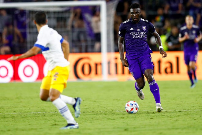 Orlando City forward Daryl Dike (18) looks to pass the ball in the second half in a 5-0 win on June 22 against the San Jose Earthquakes at Orlando City Stadium.