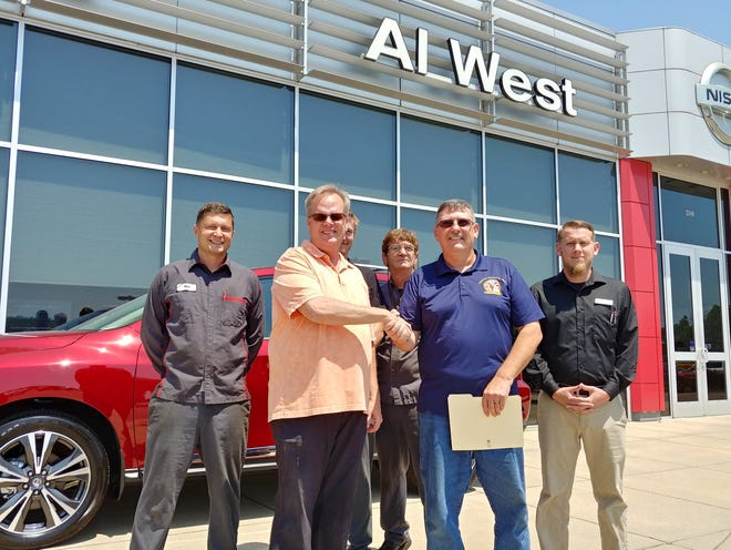 Pictured with Al West and South Central Regional Veterans Group Chairman Glenn Gibson are Veterans working at Al West. (Left to Right): Neal Luther, Alex Hedges, Pete Butzler and Austin Peyton.