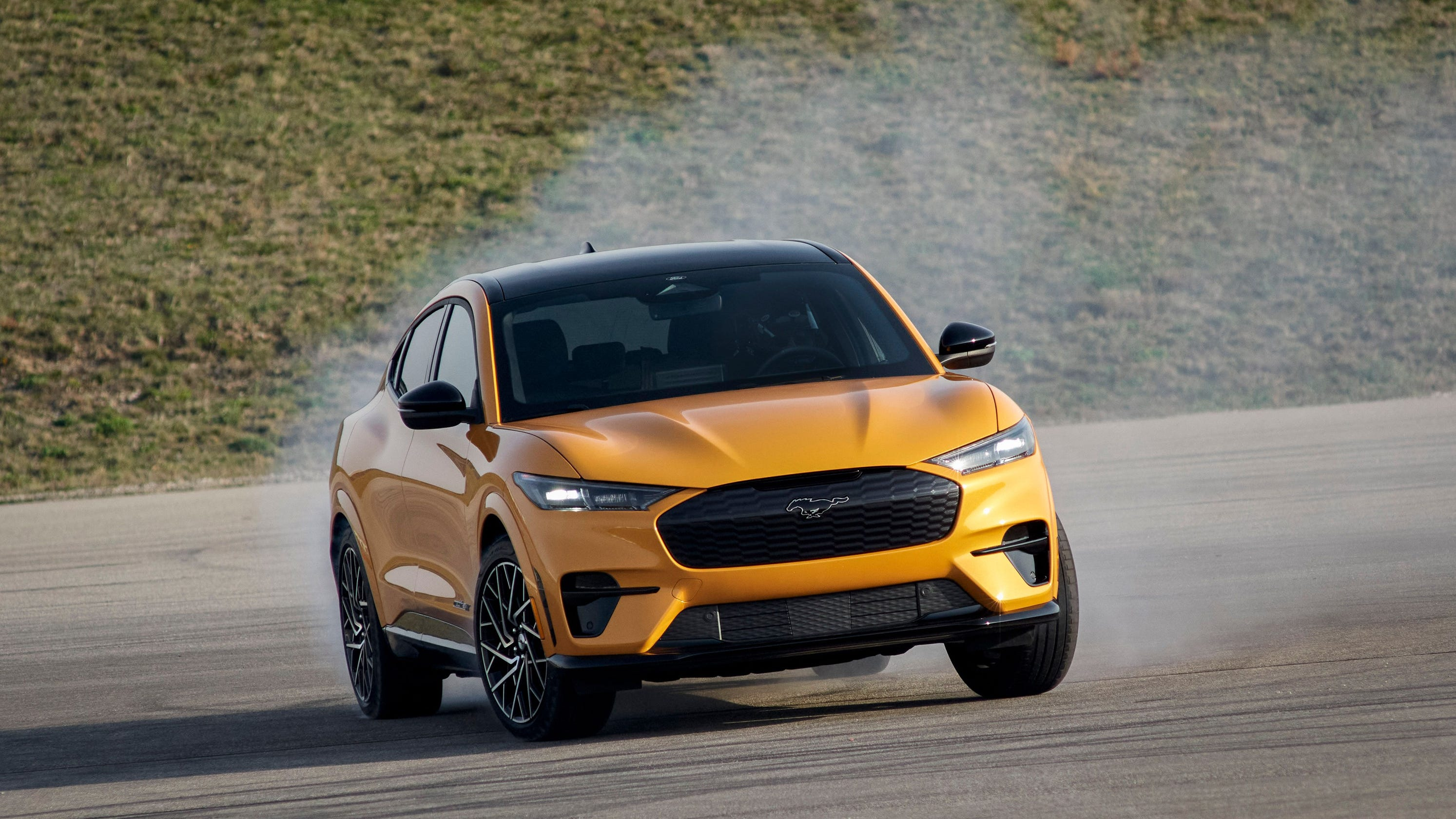 Mustang Mach-E GT, Performance Edition shatter Ford's targeted EPA-estimated ranges