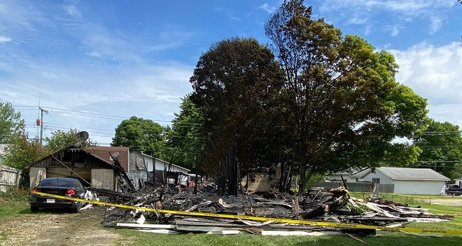 A woman was killed early Wednesday in a fire that destroyed a house in the 600 block of West Malissa Avenue in Cowan.