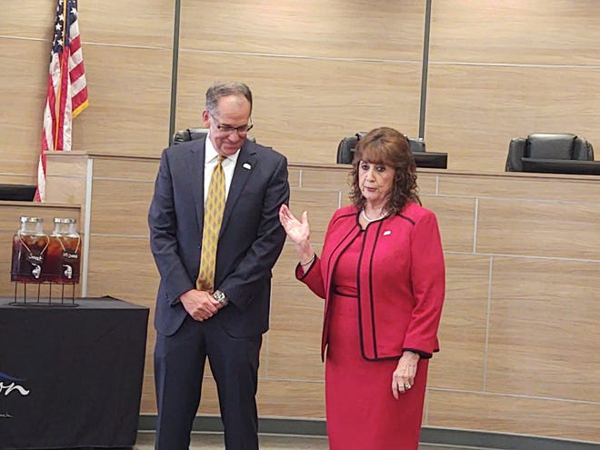Denison Mayor Janet got introduces new Denison City Manager Greg Smith to the public for the first time Thursday during a reception in his honor.