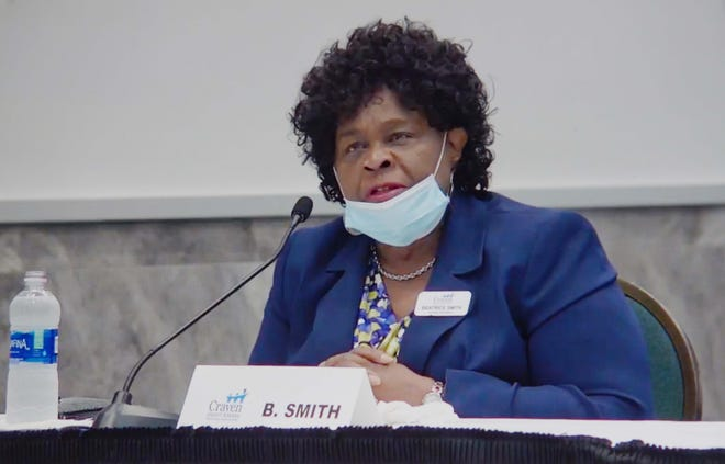 Craven County Commissioner Beatrice Smith, who formerly sat on the Board of Education, is one of two commissioners who voted against a resolution that proposes to move BOE elections from partisan to non-partisan. [TODD WETHERINGTON / SUN JOURNAL STAFF]