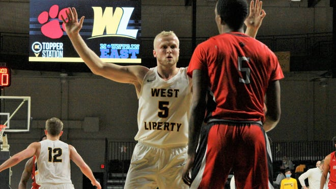 """West Liberty University basketball All-American Dalton Bolon, a graduate of Indian Valley High School,completed an historic athletic and academic """"double"""" Thursday when he was honored as the Mountain East Conference's 2021 Male Scholar-Athlete of the Year."""