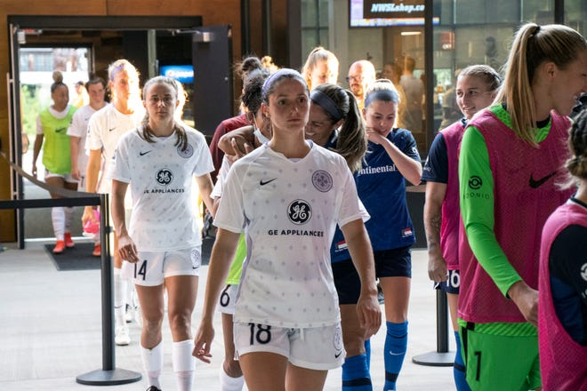 Racing Louisville FC opened Wednesday's game with many of its starters on the bench in an effort to rest them during a busy stretch. The Louisville club fell to the North Carolina Courage 2-0. 6/23/21