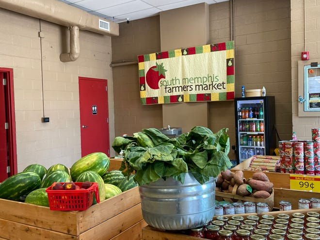 South Memphis Farmers Market aims to make quality produce affordable.