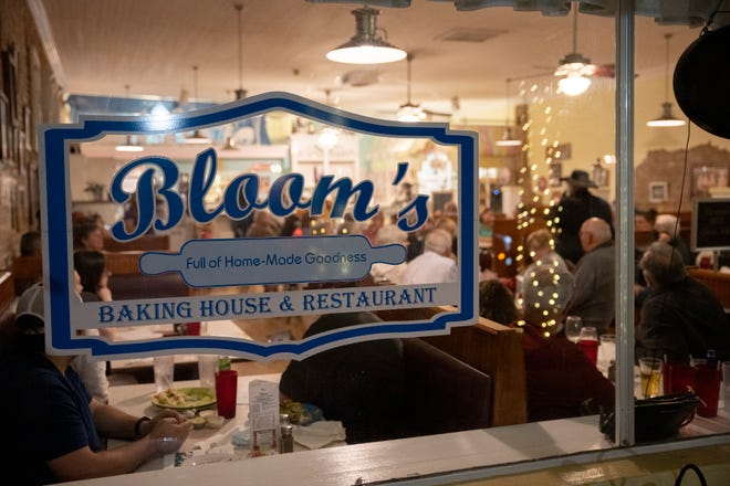 Bloom's Baking House & Restaurant is closing for good Saturday. [Cindy Peterson/Correspondent]
