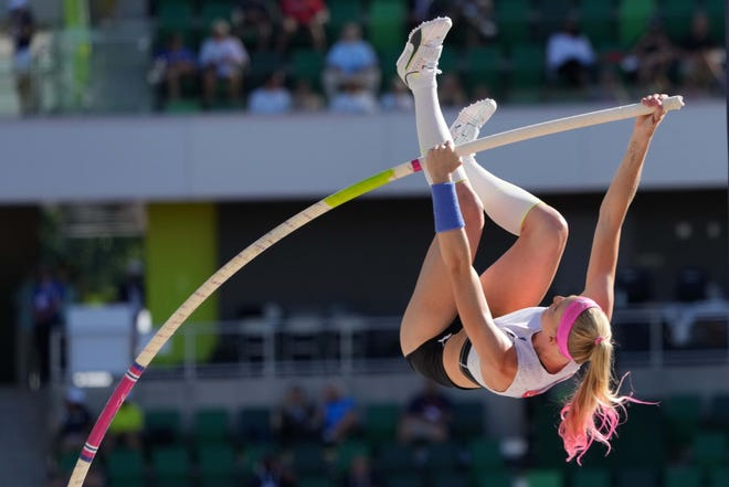 Sandi Morris competes in the women's pole vault qualifying during the U.S. Olympic Team Trials at Hayward Field.