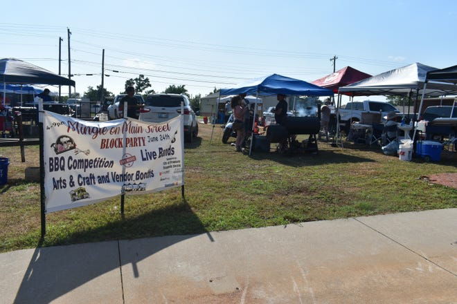 A barbecue competition was also held at the Mingle on Main Street Block Party.