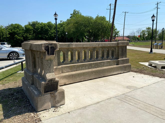 A section of railing from the demolished U.S. 77 viaduct stands at the city parking lot at the corner of South Rogers and Cantrell Streets. This section of railing will serve as a reminder and tribute to the structure that served the Waxahachie community since 1930.