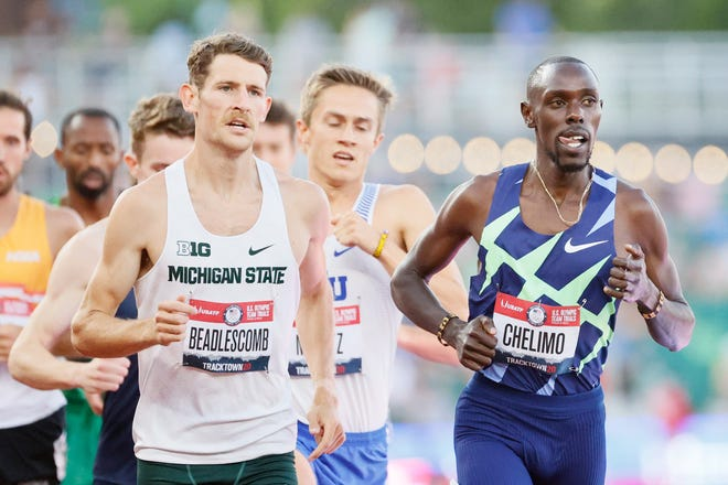 Morgan Beadlescomb and Paul Chelimo compete in the first round of the Men's 5,000 Meter Run on day seven of the 2020 U.S. Olympic Track & Field Team Trials at Hayward Field on June 24, 2021 in Eugene, Oregon.