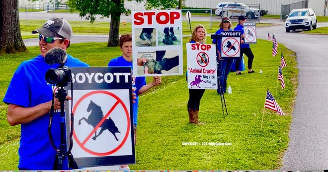 """Citizens Campaign Advocates Protest Against Animal Cruelty At Columbia """"Big Lick"""" Tennessee Walking Horse Show"""