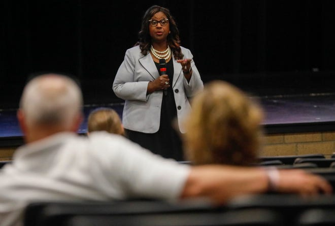 Grenita Lathan, the new superintendent of Springfield Public Schools, met with the community Thursday at Kickapoo High School.