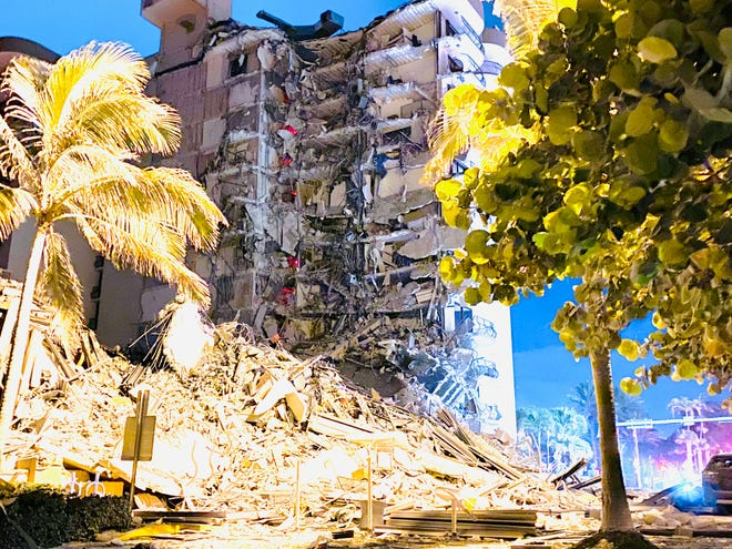 12 story building Collapse Surfside, Florida