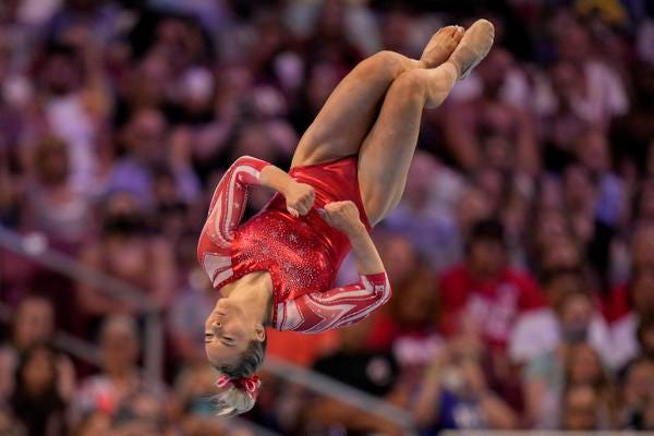 Gilbert's MyKayla Skinner opens fourth all-round at US ...