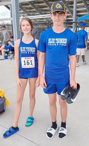 Effie Morris and Cash Leonard will be making their way to the Junior Olympics in Houston, Texas on August 2-7 after qualifying at regionals last weekend in Bentonville, Arkansas. Morris qualified in both the 100 and 200 meter hurdles, while Leonard advanced in the 400 meter dash and long jump.
