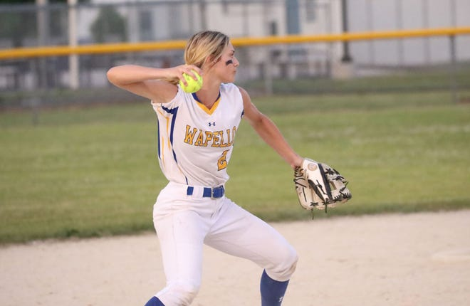 Wapello's Serah Shafer was a combined 4-for-6, scored five runs and drove in one to lead Class 2A's 13th-ranked Arrows to two wins Saturday in the North Linn Tournament.