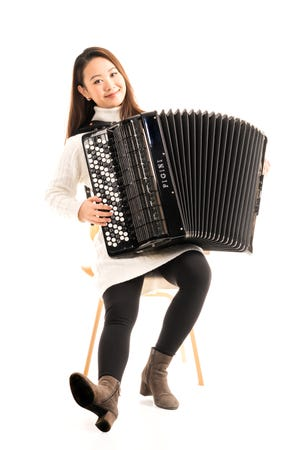 Accordionist Hanzhi Wang is featured during the Artist Series Concerts of Sarasota's 2021-22 season.