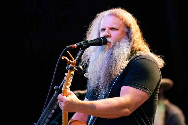 Country singer-songwriter Jamey Johnson performs at Michigan Lottery Amphitheatre in Sterling Heights, Mich., on June 26, 2021.