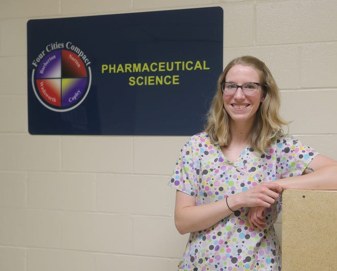 Katie Amos will be teaching the pharmaceutical sciences program at Copley High School.