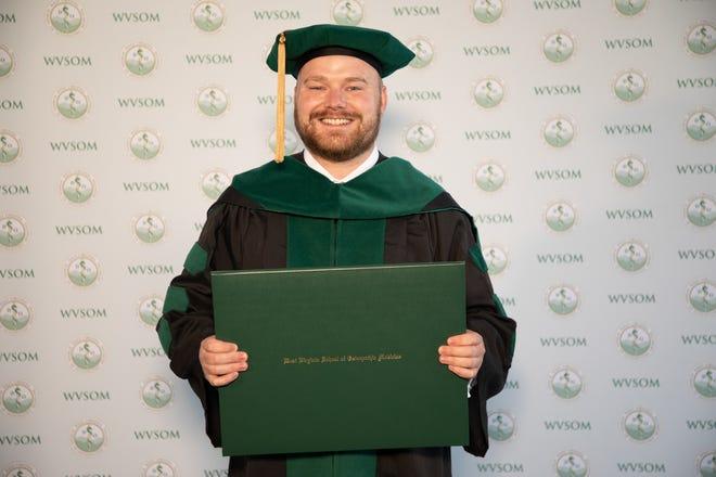 Dr. Clayton Spencer