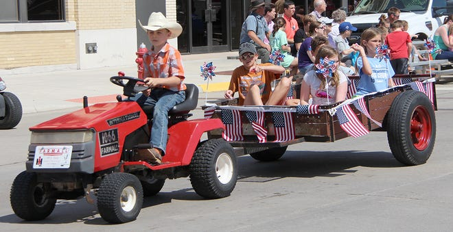 Join the fun and promote local businesses, clubs and organizations at the 2021 Miss Kansas parade in Pratt.