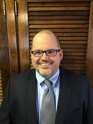 Craig McKendry, treasurer of the Ravenna School District, is resigning to take a job in Barberton.