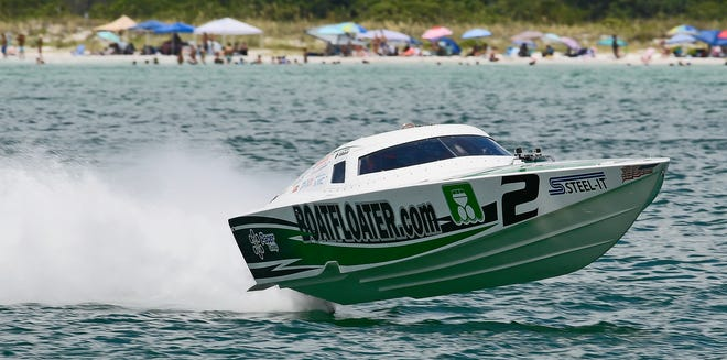 Sarasota's Steve Kildahl and son and driver Stephen Kildahl defeated seven other boats aboard aboard Boatfloater.com to win the Mod Vee Class Sunday at the 36thannual Sarasota Powerboat Grand Prix.