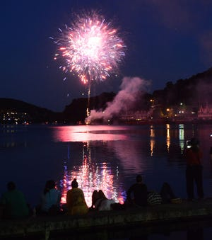 Fourth of July fireworks at Howard T. Brown Park in Norwich in 2018. [Bulletin file photo]