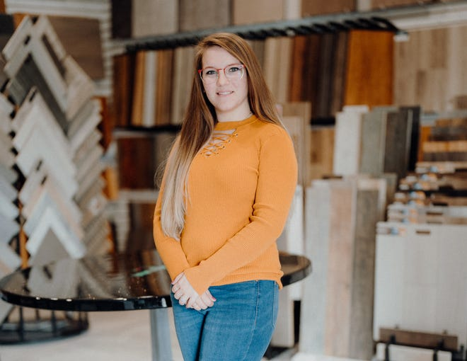 Lisa's Custom Interiors has announced that Savannah Stipe has been hired to assist in design development and customer service obligations.