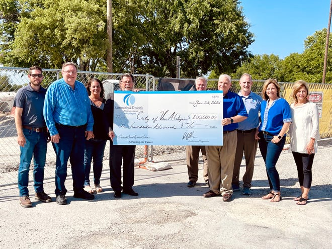 The Central Social District Park will serve as the entertainment and social hub for activities in downtown Van Alstyne.