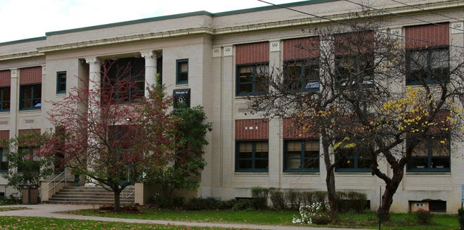 A new high school will be built to in the next few years to replace the current Quaker Valley High School with district officials said is obsolete and inadequate.