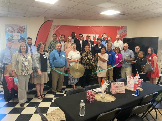 The Greater Dover Chamber of Commerce organized a ribbon cutting and networking event for the Indonesian Community Connect Inc. last week. Participating was Dover Mayor Robert Carrier, New Hampshire State Senator David Watters, Strafford County Sheriff Mark Brave, staff and representatives from the Dover Chamber, and representatives from Indonesian Community Connect Inc.