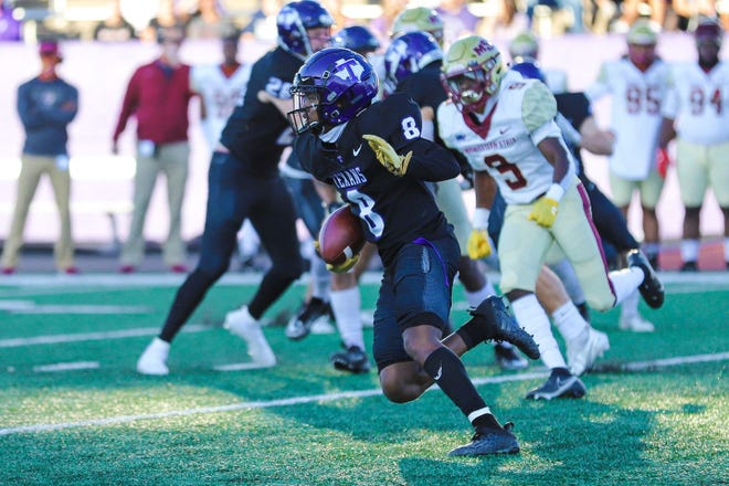 Tarleton running back Braelon Bridges runs the ball against Midwestern State during a game last season. The Texans are headed to Globe Life Park in Arlington for their first look at future WAC opponent, Southern Utah, on Sept. 18 and tickets are now on sale.