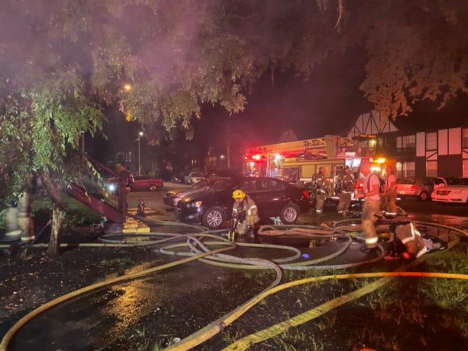 Gainesville Fire Rescue crews combat blaze at Piccadilly Apartments