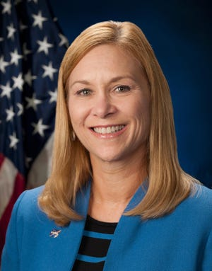 Janet Petro was named Director of the Kennedy Space Center June 30, 2021.  - 0615501c 0033 42e6 87d5 8d227f1ff627 KSC 2015 2568 large - Space news you might have missed