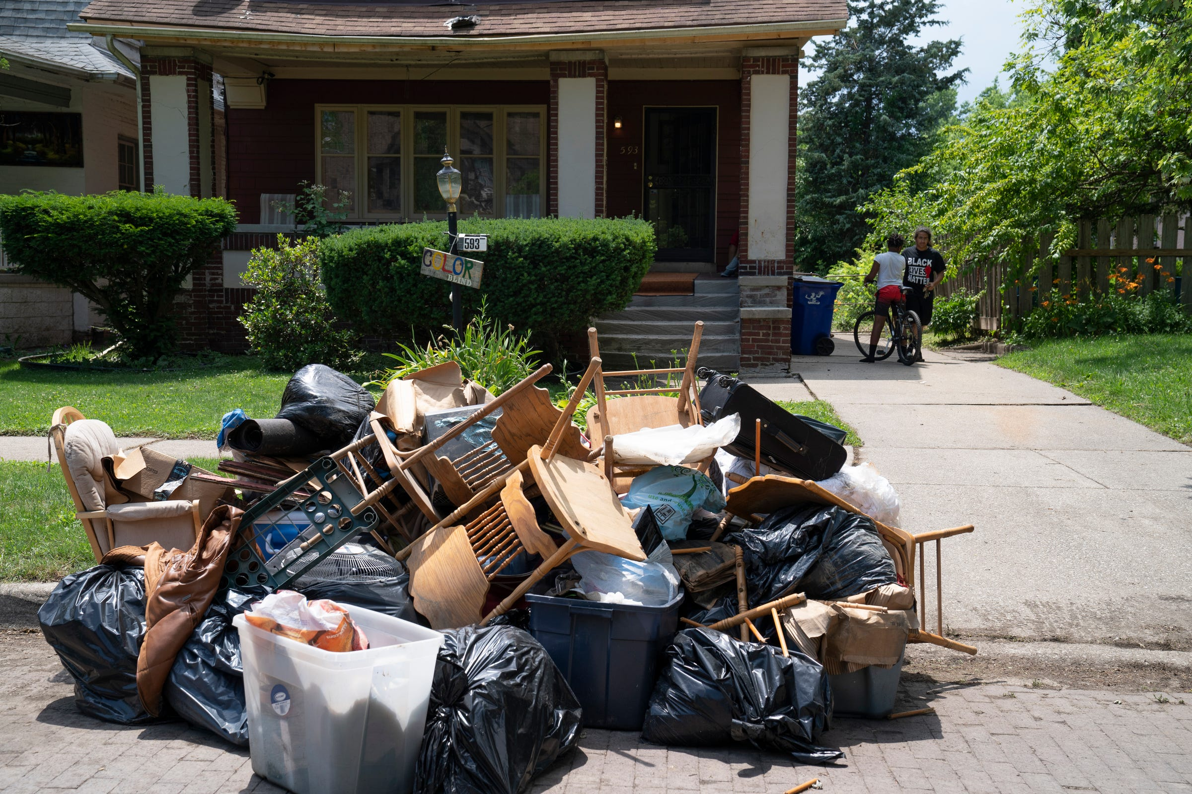 Mayor Mike Duggan to walk Detroit residents through flood claims application