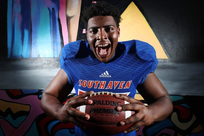 Four-star recruit Aaron Bryant committed to play football at Texas on Thursday. He is the Longhorns' third defensive line pledge.