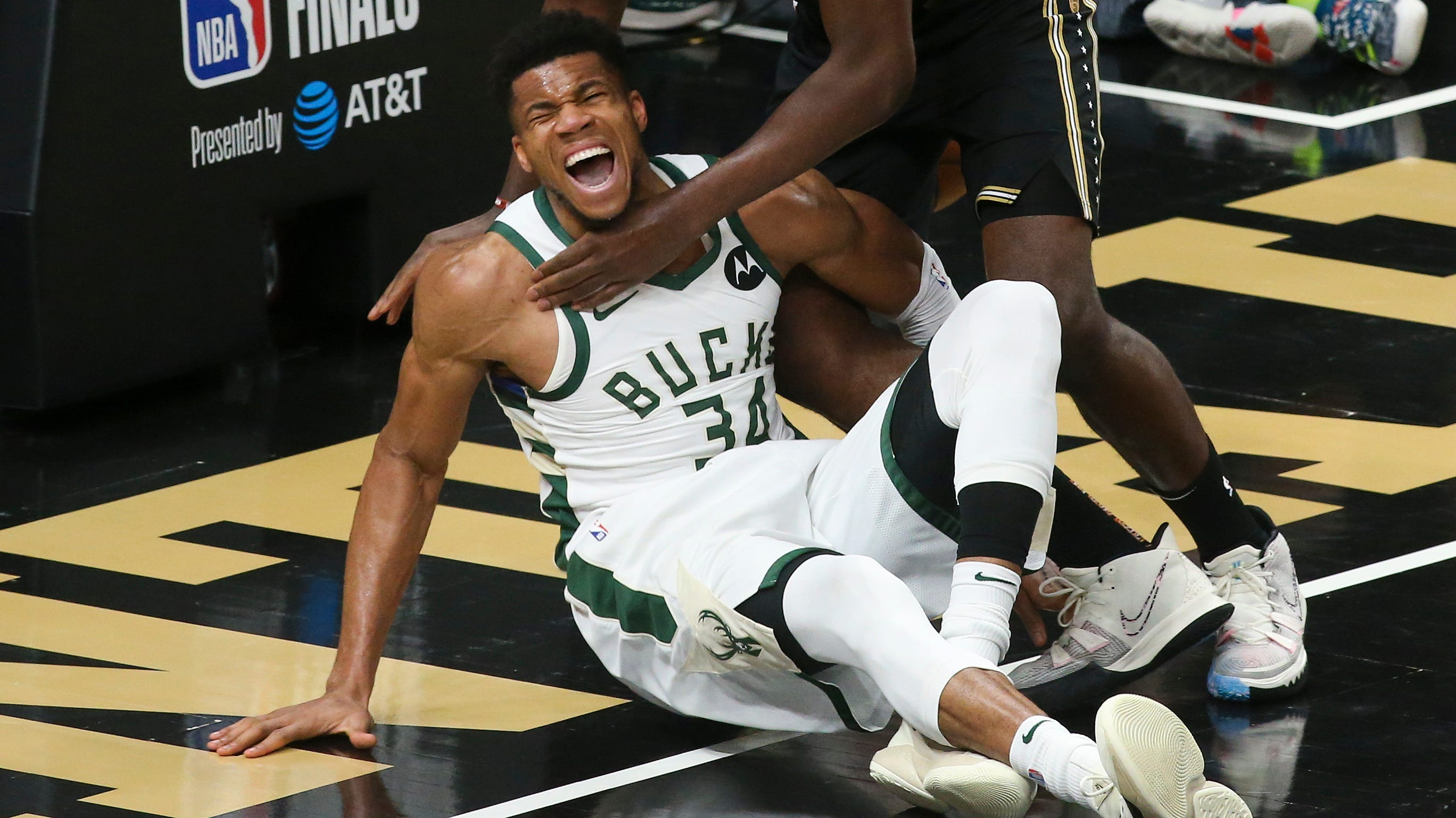 Giannis Antetokounmpo's knee injury leaves Bucks in limbo