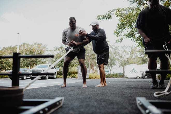 Browns defensive tackle Malik Jackson trains under the guidance of Troy Jones at House of Athlete in Weston, Florida.