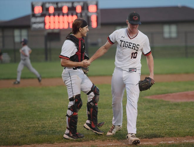 Easton Johnson (10) and Jake Shedarowich helped the Gilbert baseball team follow up last year's Class 3A state runner-up finish with a Raccoon River Conference title in 2021.
